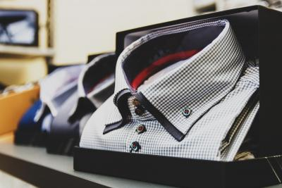 What To Consider When Buying Corporate Wear in Bulk