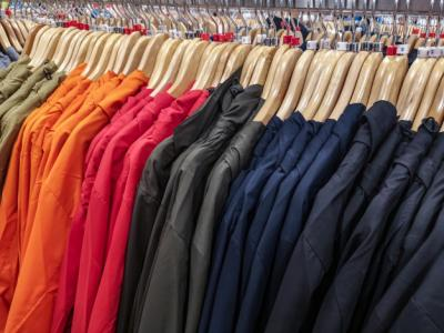 Wholesale Clothing VS Private Label Clothing
